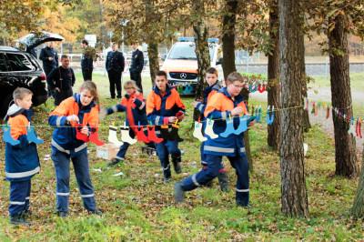 Sechs Staffeln starten auf 6,7 km langen Marsch des Soltauer Stadtpokals und mussten unterwegs zahlreiche Aufgaben lösen.