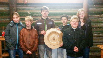 Der erste Platz beim Wikingerschach ging an die Jugendfeuerwehr Hützel-Steinbeck.