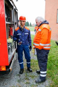 Welche Gerätschaften auf einem Feuerwehrfahrzeug sind mussten die Bewerber erläutern. Foto: Marc Henkel