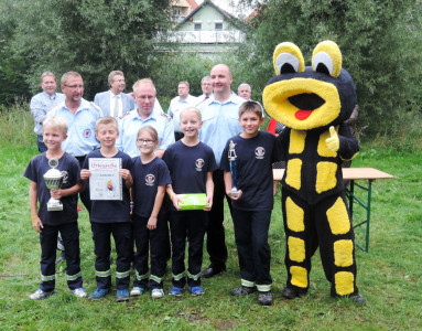 Die Löschlöwen Watenbüttel belegten beim Spiel ohne Grenzen 2015 in Thune mit einer Gruppe den ersten Platz. Foto: Kadereit