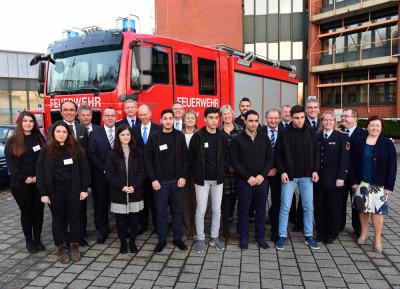 Zur Übergabe der Zertifikate an die Firefigther Friends erschienen zahlreiche Vertreter aus Feuerwehrverbänden und Politik in Osnabrück.