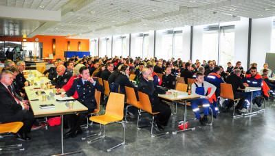 Die Delegierten der Jugendfeuerwehr Braunschweig tagten in den Räumen der Physikalisch Technischen Bundesanstalt.