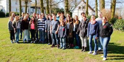 Die Teilnehmer des Einstiegslehrgangs in Nienburg (Weser). Foto: Henkel