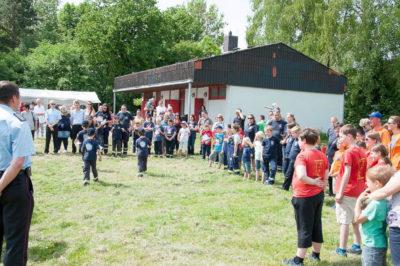 24 Mitglieder der Brauschweiger Kinderfeuerwehren erhielten den Brandfloh. Foto: Kadereit