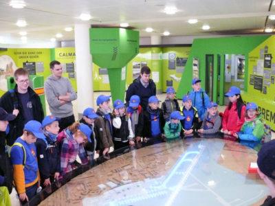 Die Kinder- und Jugendfeuerwehr Bomlitz besuchte den Bremer Flughafen.