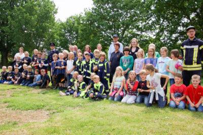 Die Kinderfeuerwehren beim Stadtfeuerwehrtag.